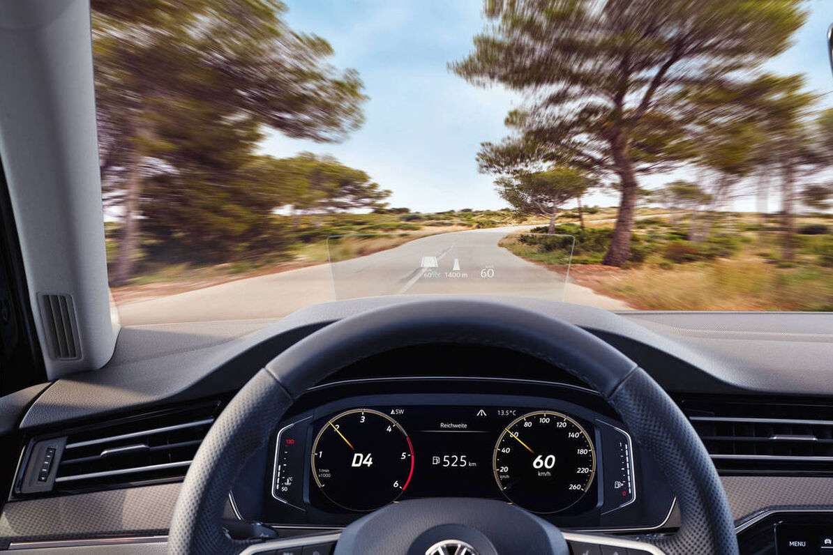 VW Passat Alltrack - Head-up Display