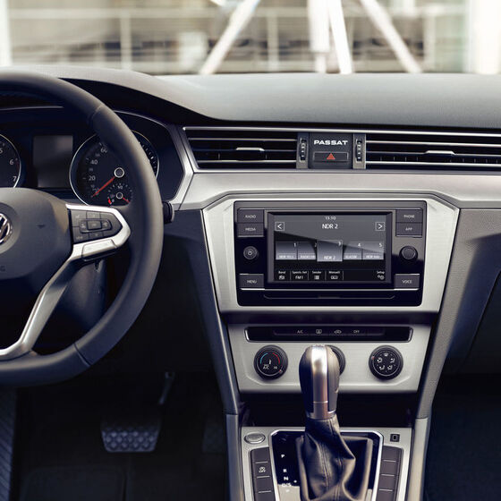 VW Passat - rádio Composition
